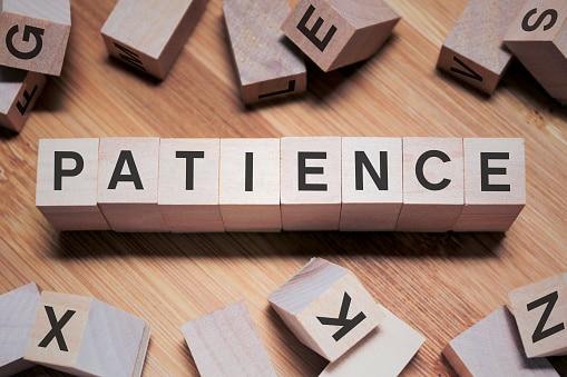 comment-apprendre-a-etre-patient-dans-la-vie