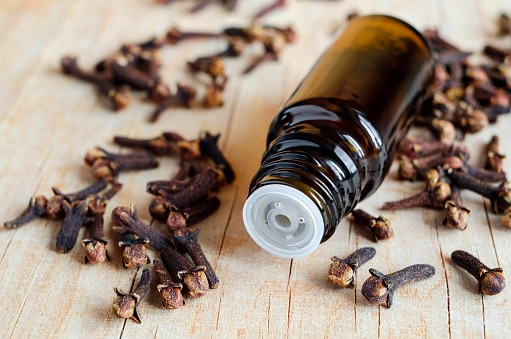 comment-retrouver-sa-libido-grace-aux-huiles-essentielles