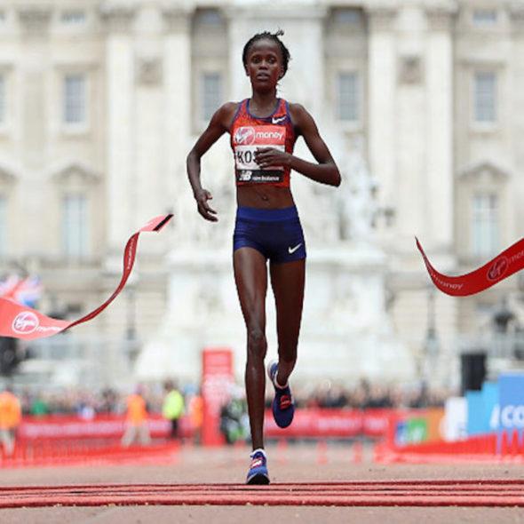 running-pourquoi-les-kenyans-dominent-la-piste