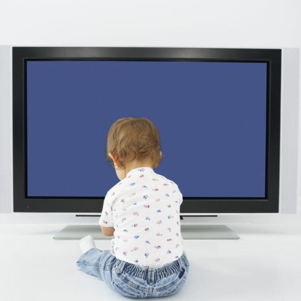 quels-sont-les-dangers-des-ecrans-sur-les-enfants